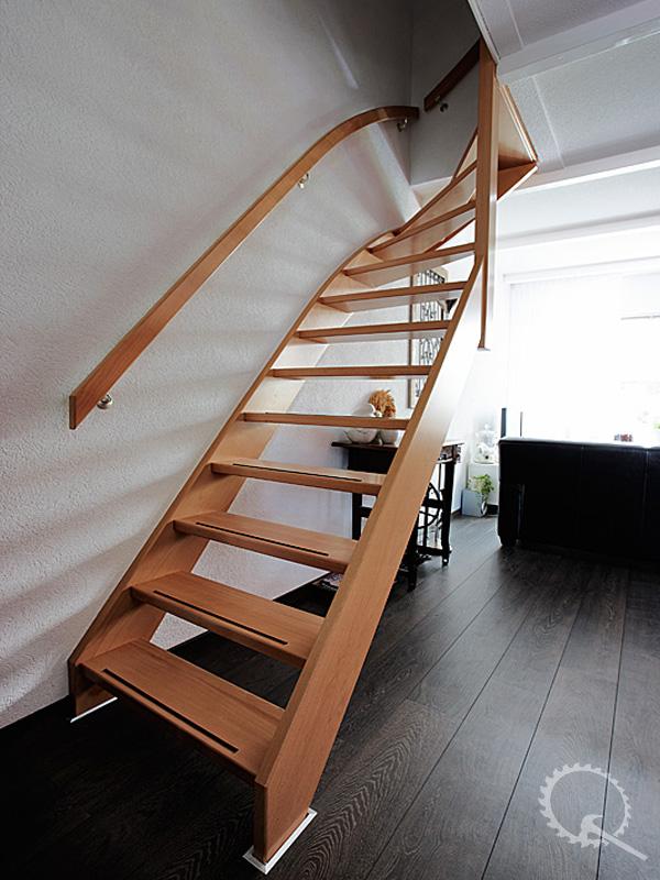 Soorten houten trappen type trappen open trap de for Trap in woonkamer