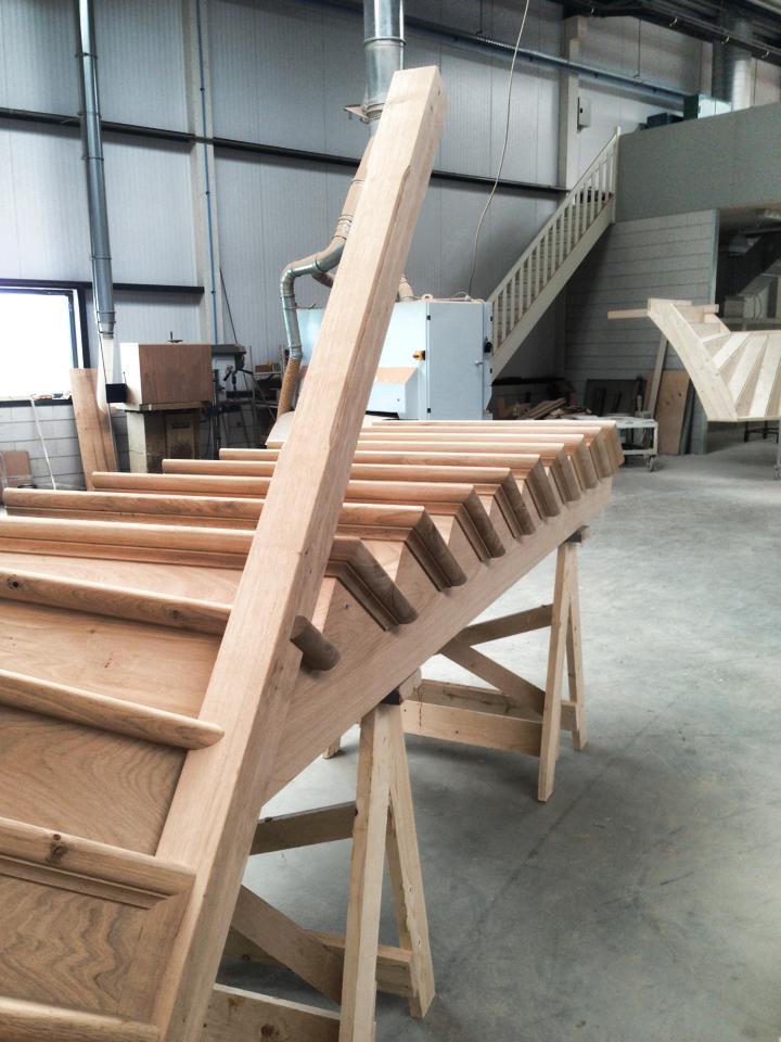 Onze trappenfabriek houten trappen trappenspecialist for Trap maken bereken