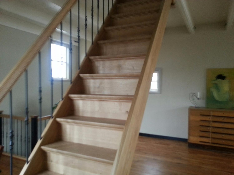Eiken trap met smeedijzeren spijlen - Foto 2
