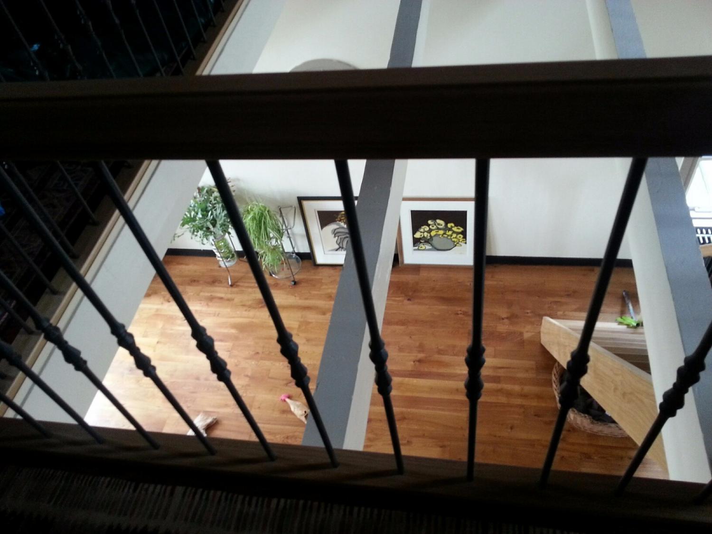 Eiken trap met smeedijzeren spijlen - Foto 4