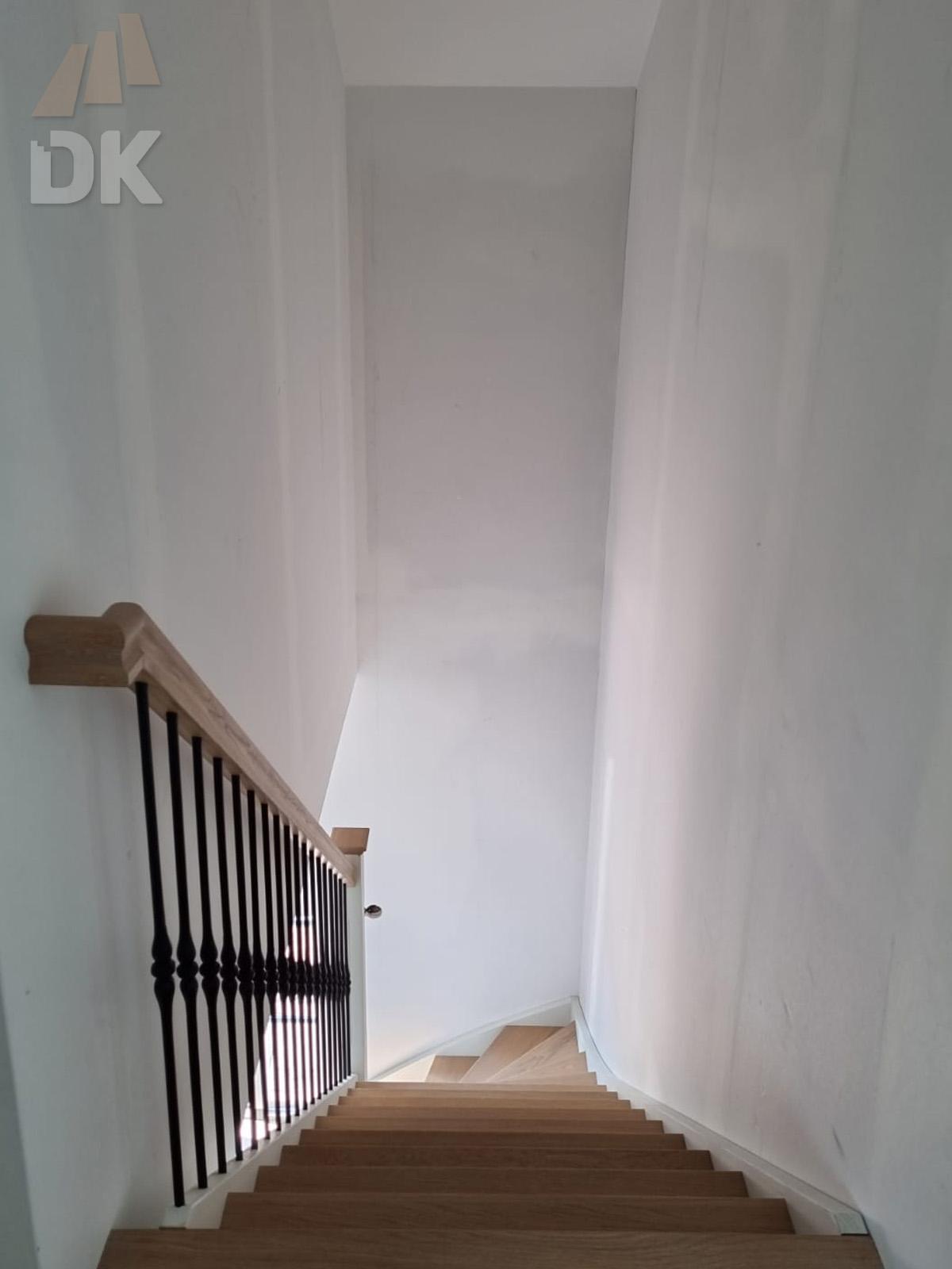 Dichte onder kwart trap  - Foto 7