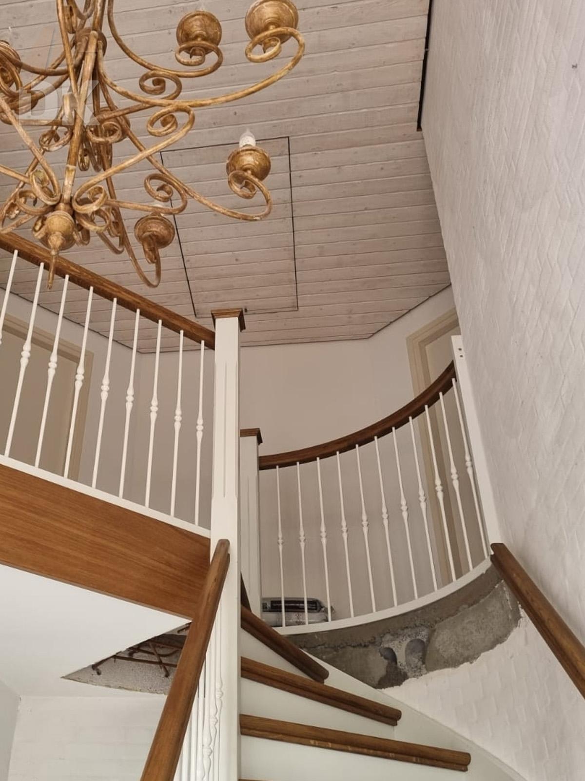 Prachtige klassieke eiken trap - Foto 6