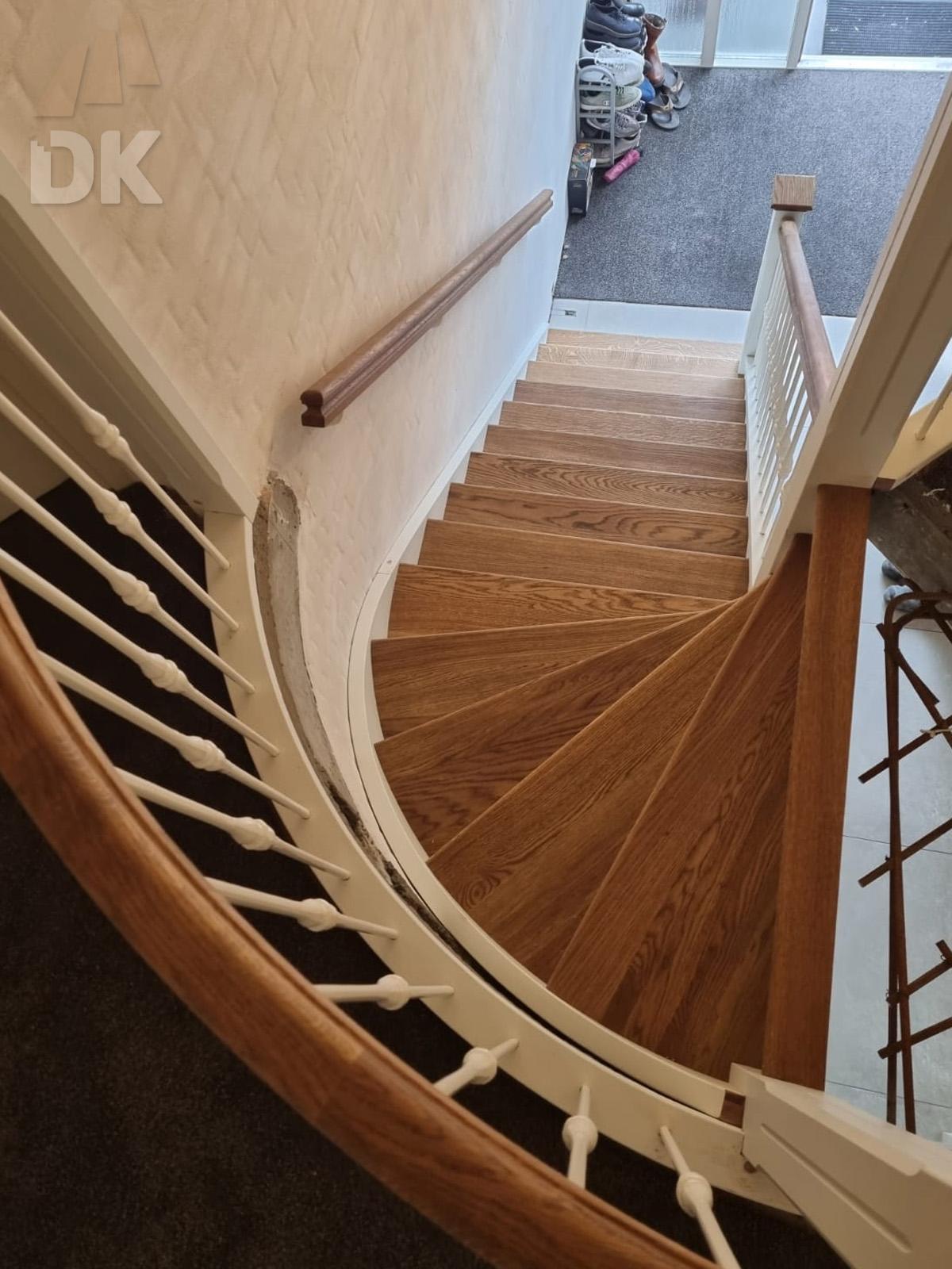 Prachtige klassieke eiken trap - Foto 8