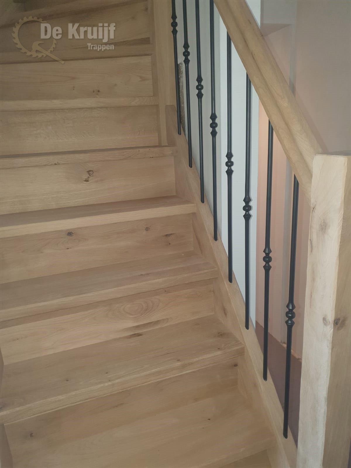 Rustiek Eiken trap met bordes - Foto 2