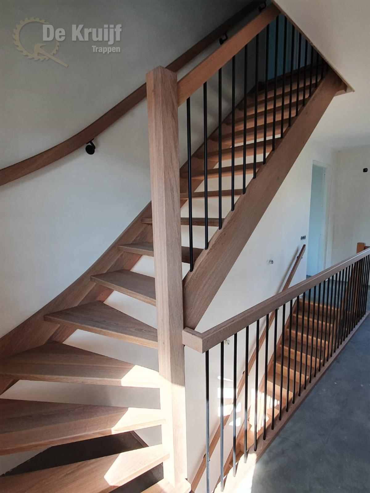 Eiken trappen met RVS spijlen - Foto 5
