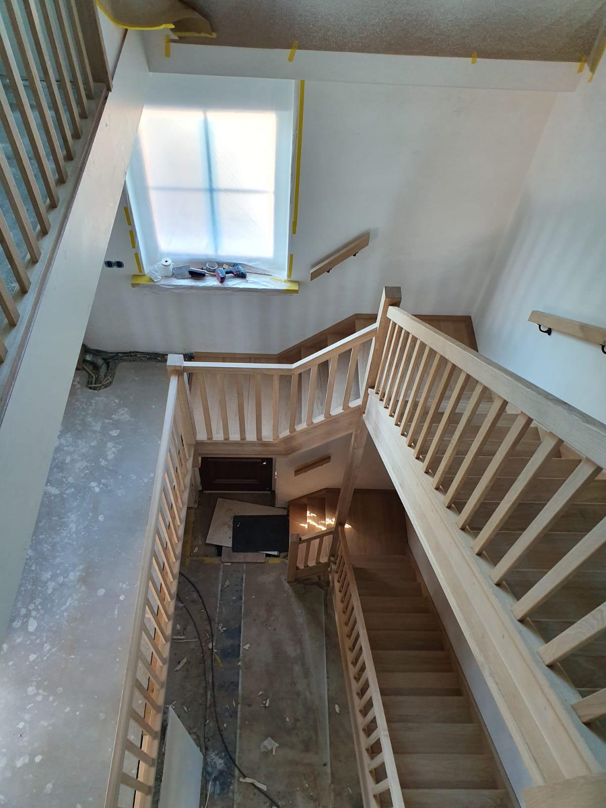 Trappen en trappenhuis - Foto 8