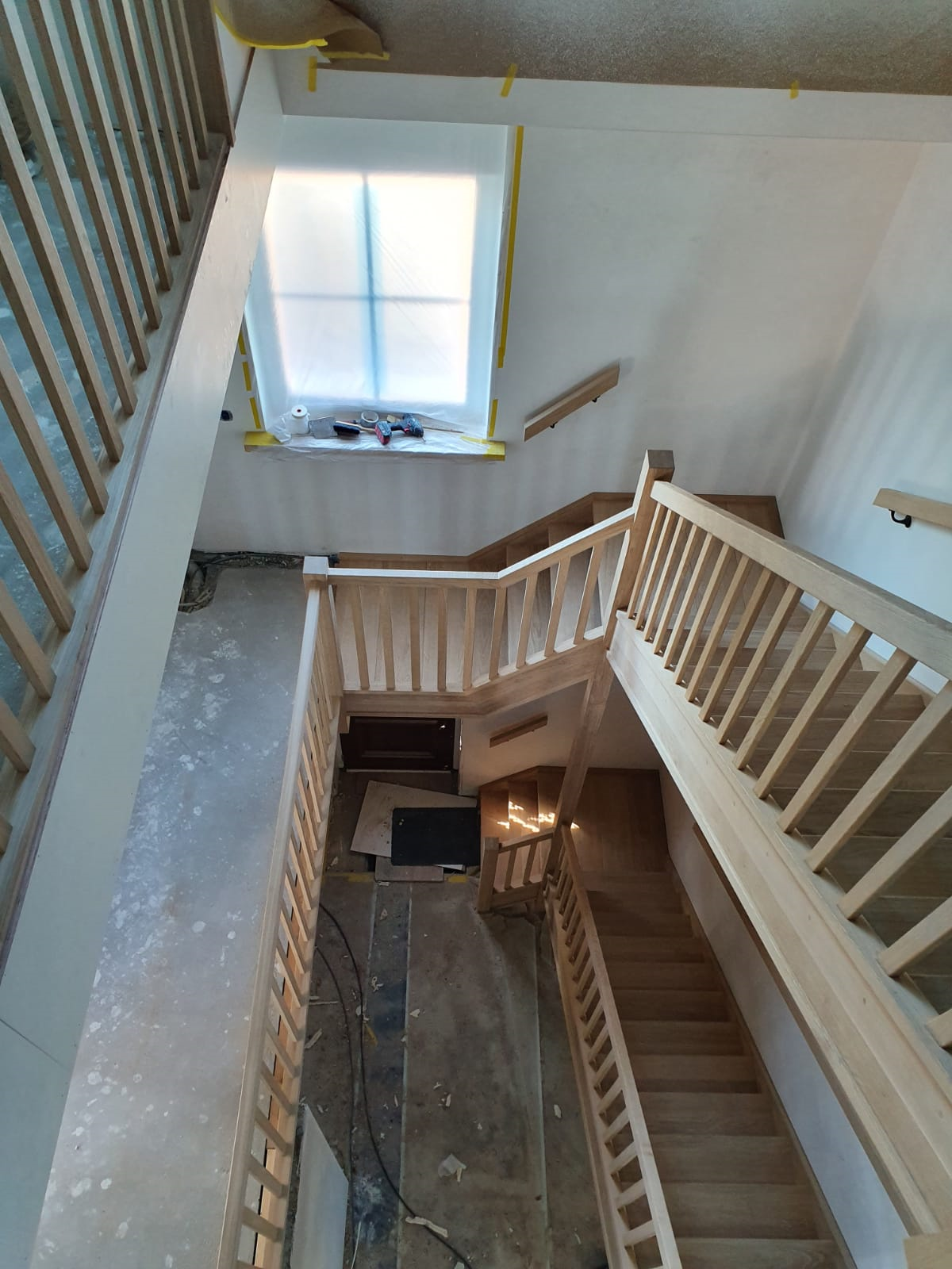 Trappen en trappenhuis - Foto 3