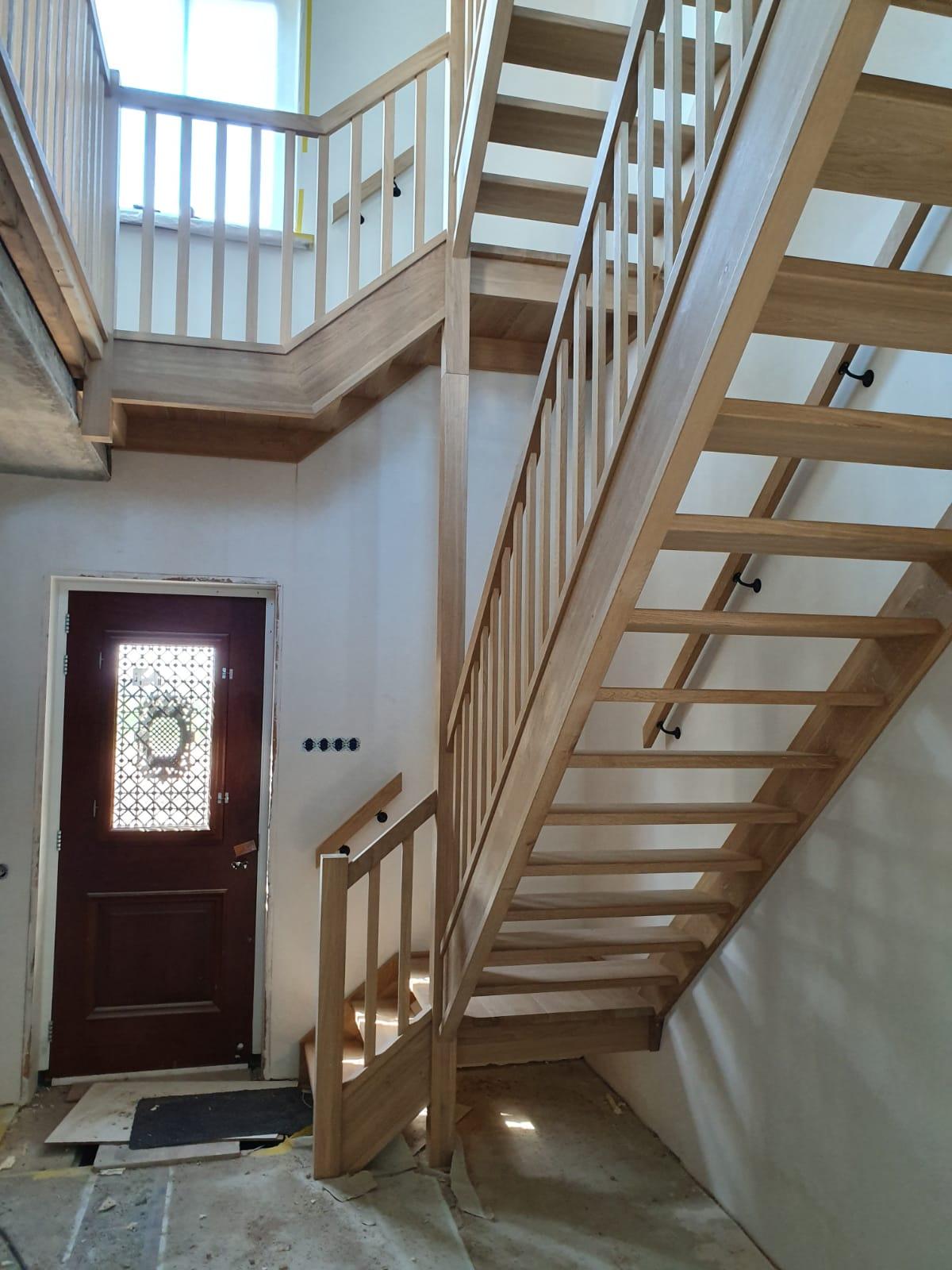 Trappen en trappenhuis - Foto 1