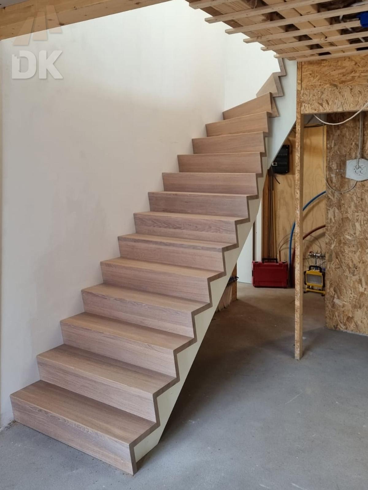 Eiken Z-trap met bovenkwart - Foto 6