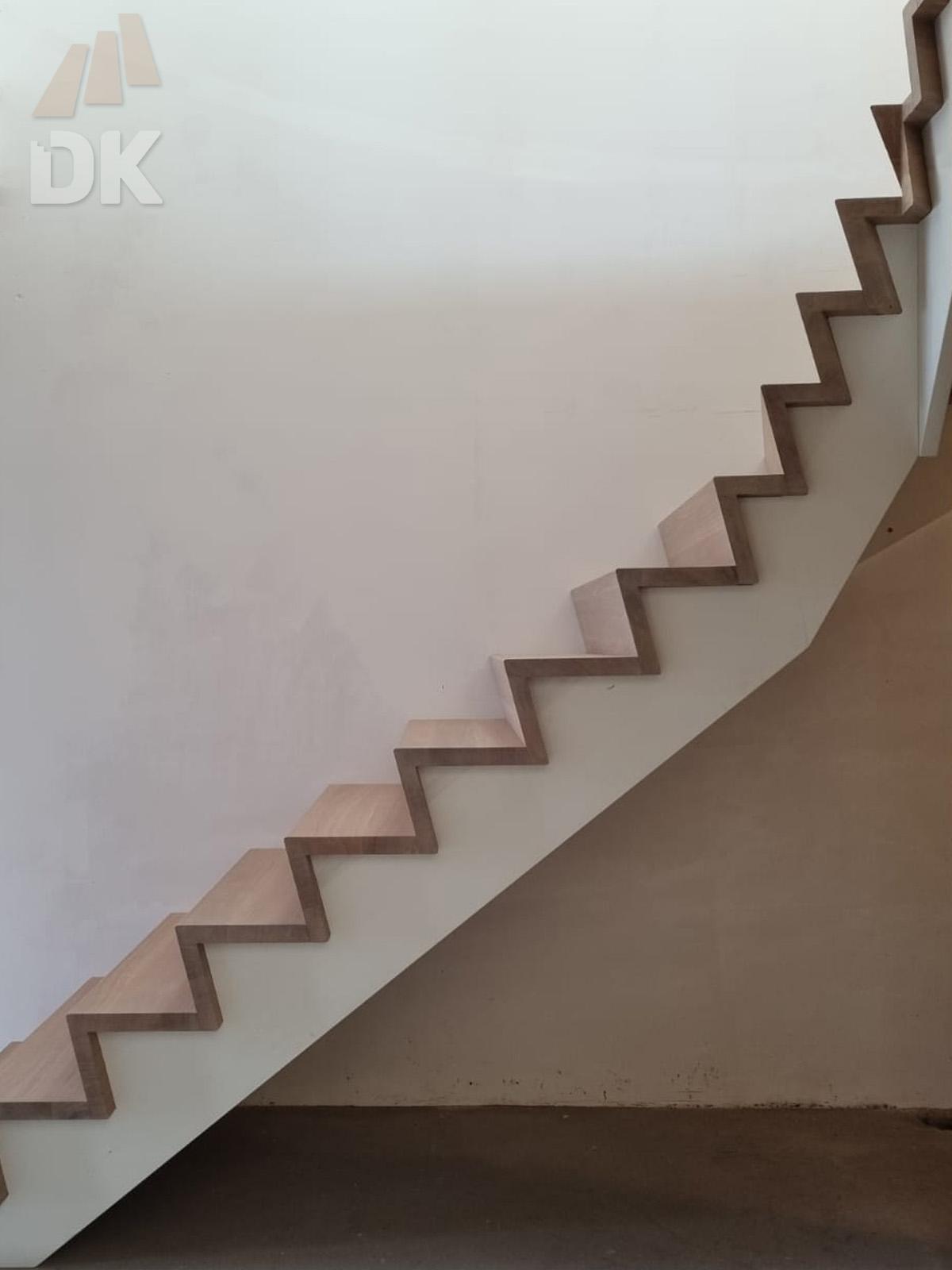 Eiken Z-trap met bovenkwart - Foto 7
