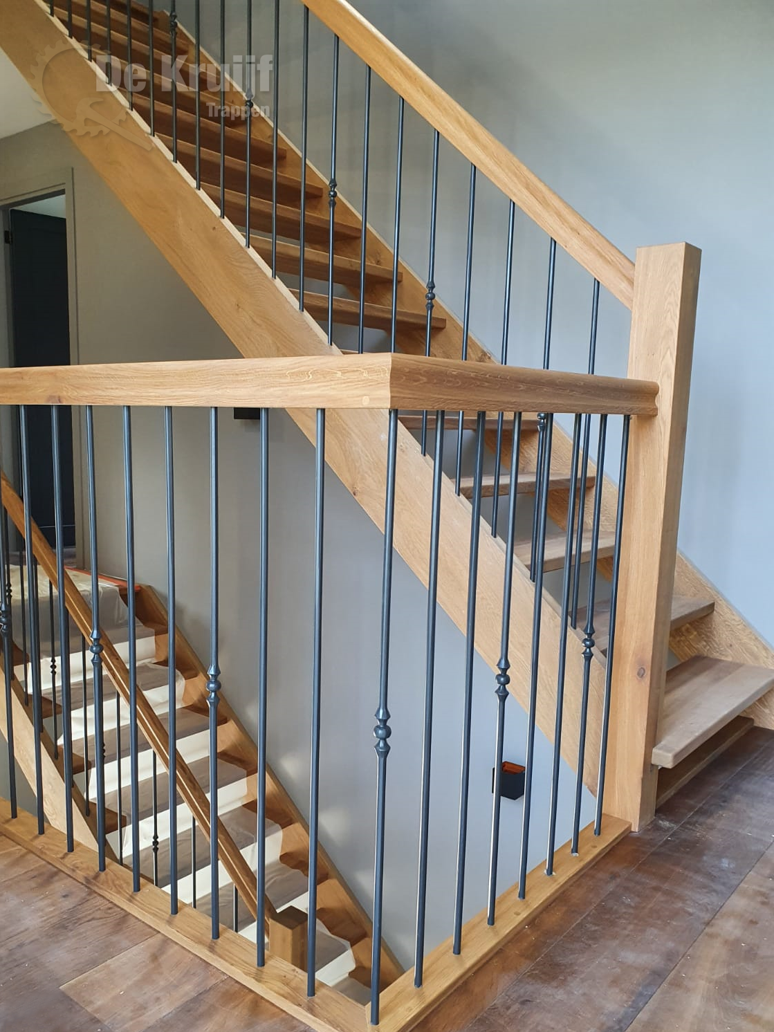 Bordestrappen in trappenhuis - Foto 4