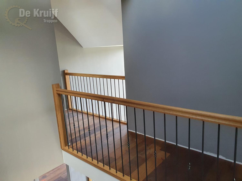 Bordestrappen in trappenhuis - Foto 5