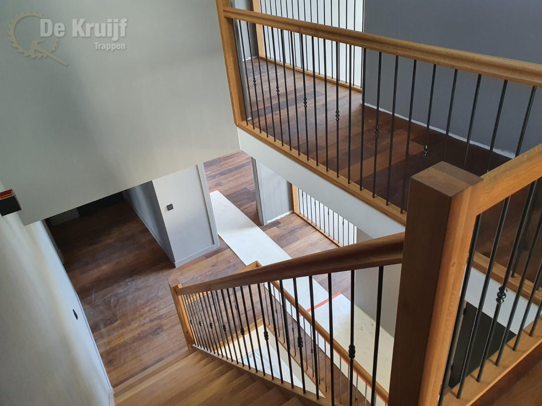 Bordestrappen in trappenhuis - Foto 7