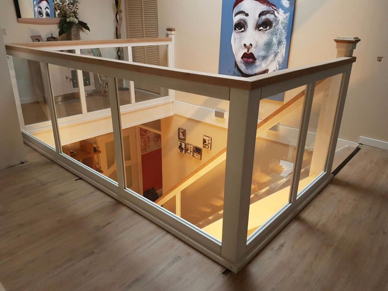 Hardhouten eiken trap glazen balustrade - Foto 5