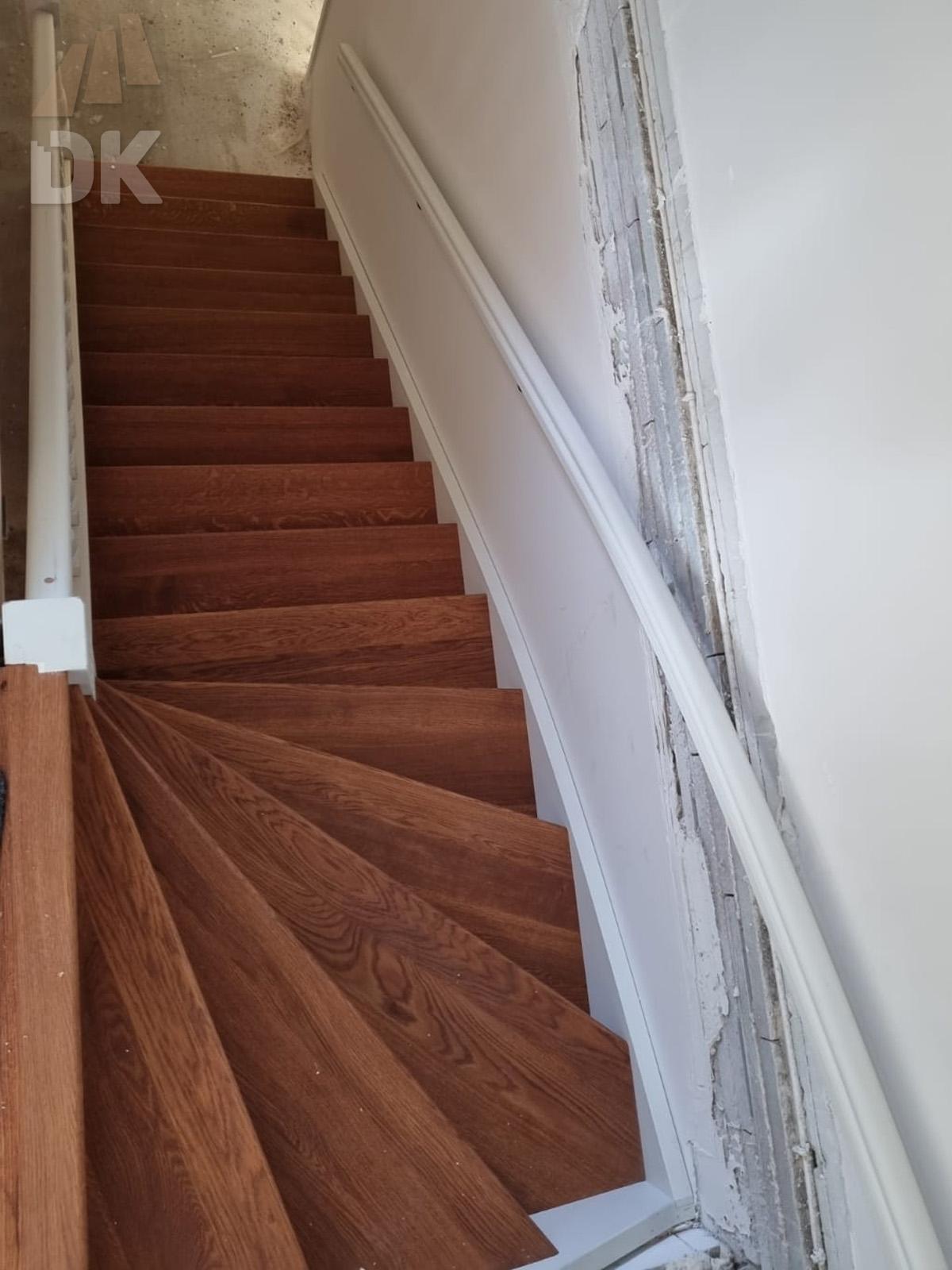 Prachtige mahonie trappen met eiken treden - Foto 4