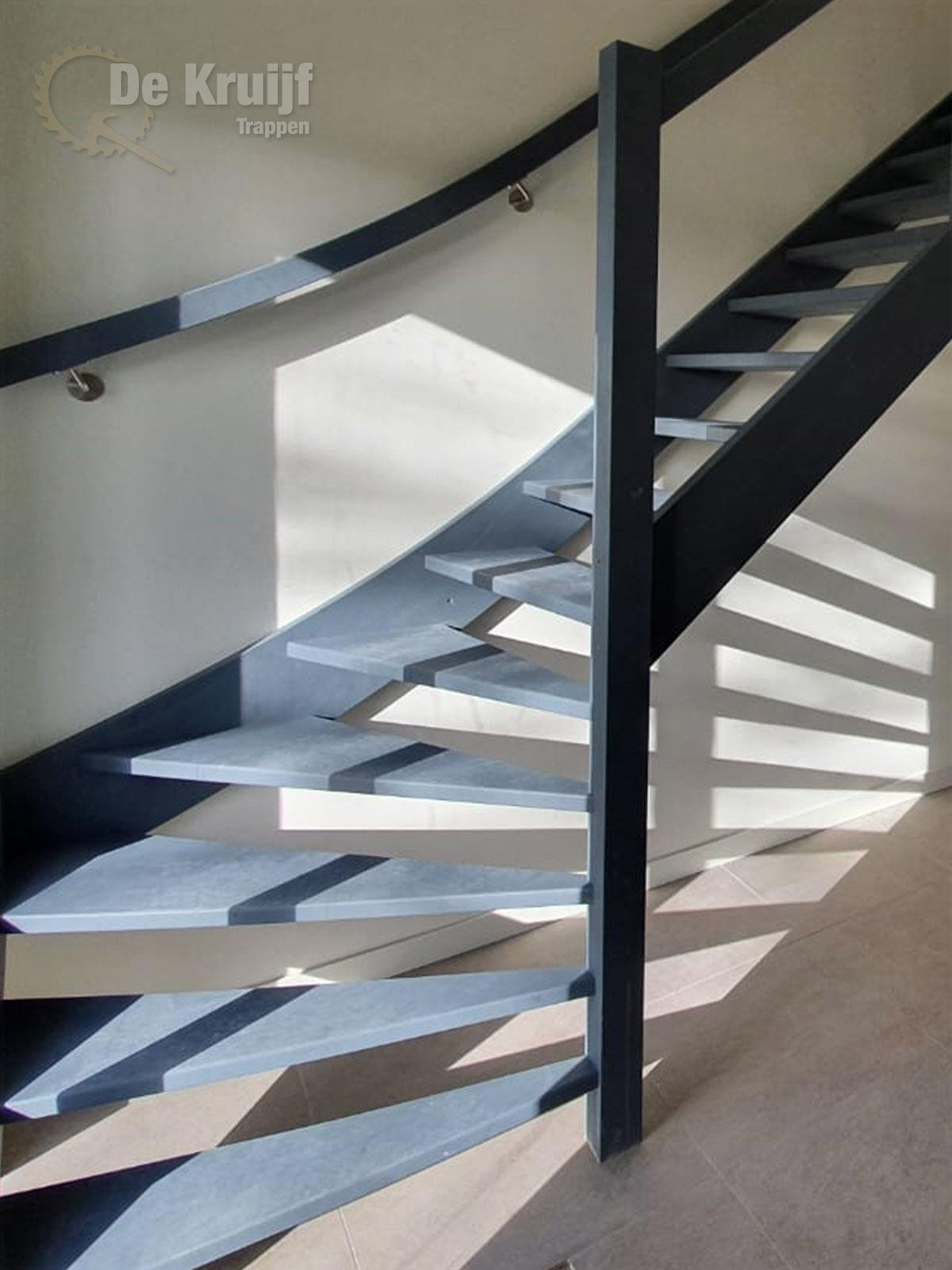 Open kwart trap met balustrade - Foto 1