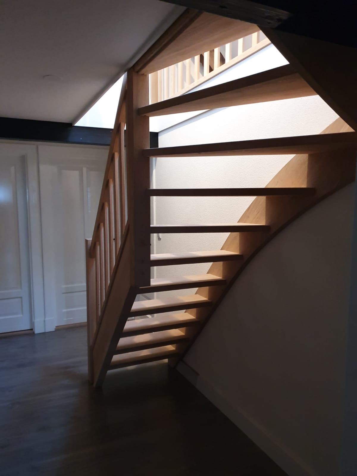 Eiken trap, gezandstraald - Foto 1