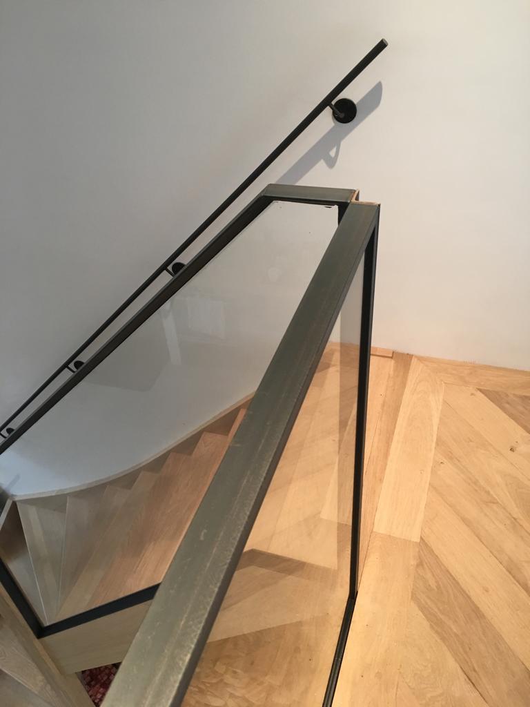 Wonderbaarlijk Soorten houten trappen - Trap in beeld - Eiken trappen, jaren '30 VX-97