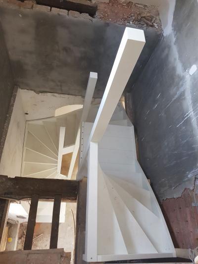 Bijzondere trap in een bijzonder pand - Foto 13