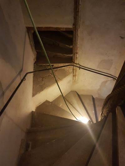 Bijzondere trap in een bijzonder pand - Foto 3