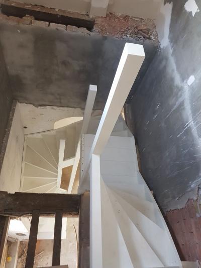 Bijzondere trap in een bijzonder pand - Foto 14