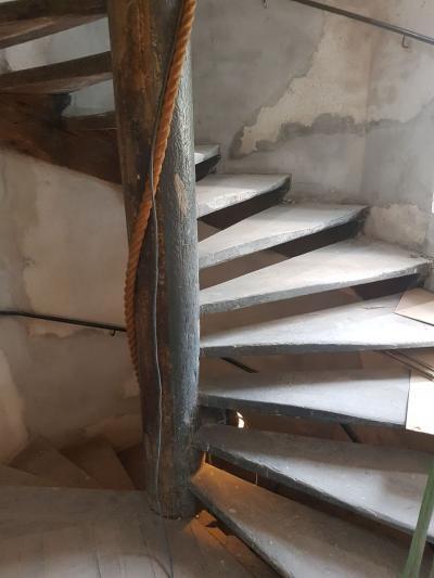 Bijzondere trap in een bijzonder pand - Foto 9