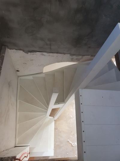 Bijzondere trap in een bijzonder pand - Foto 12