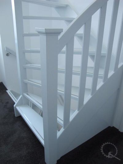 Stalen trap vervangen - Foto 8