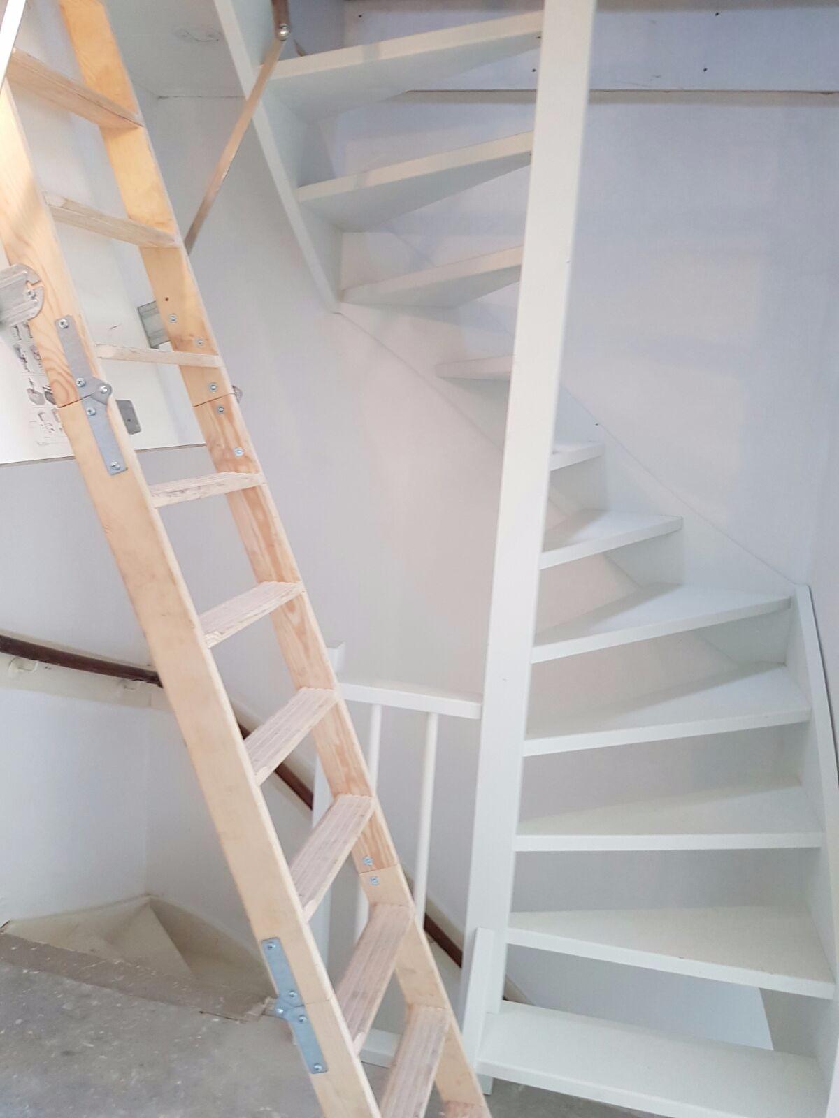 Vaste trap naar zolder maken kosten 100 images vaste trap naar zolder almelo trappen - Zolder stelt fotos aan ...