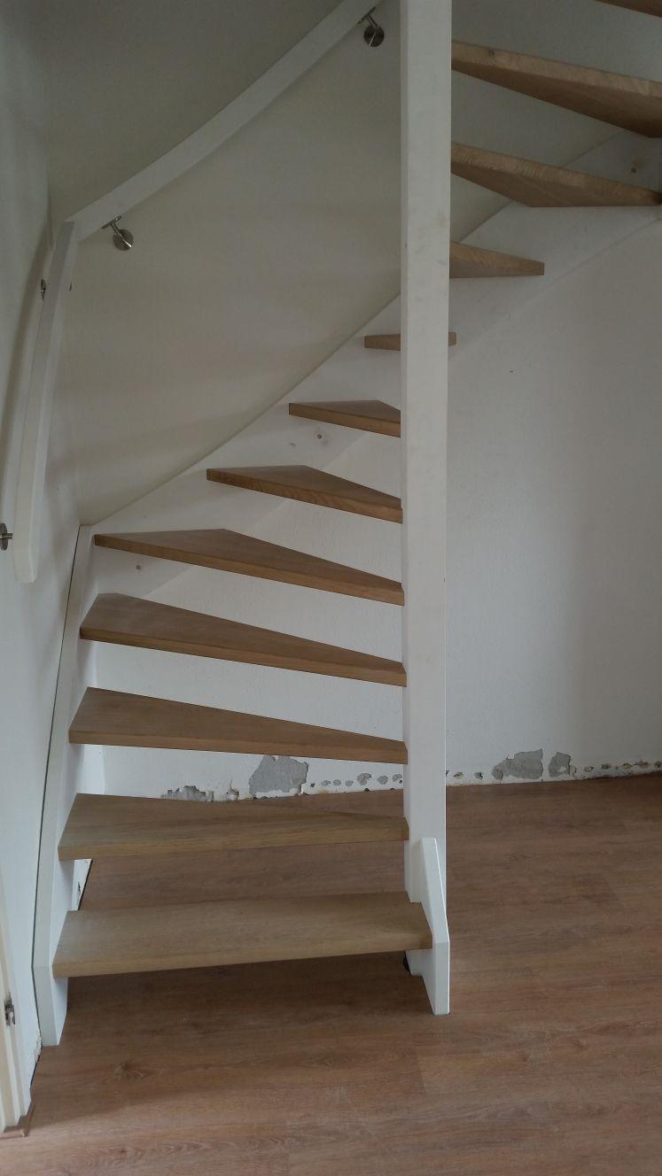 Stalen trappen vervangen voor houten trappen - Foto 4