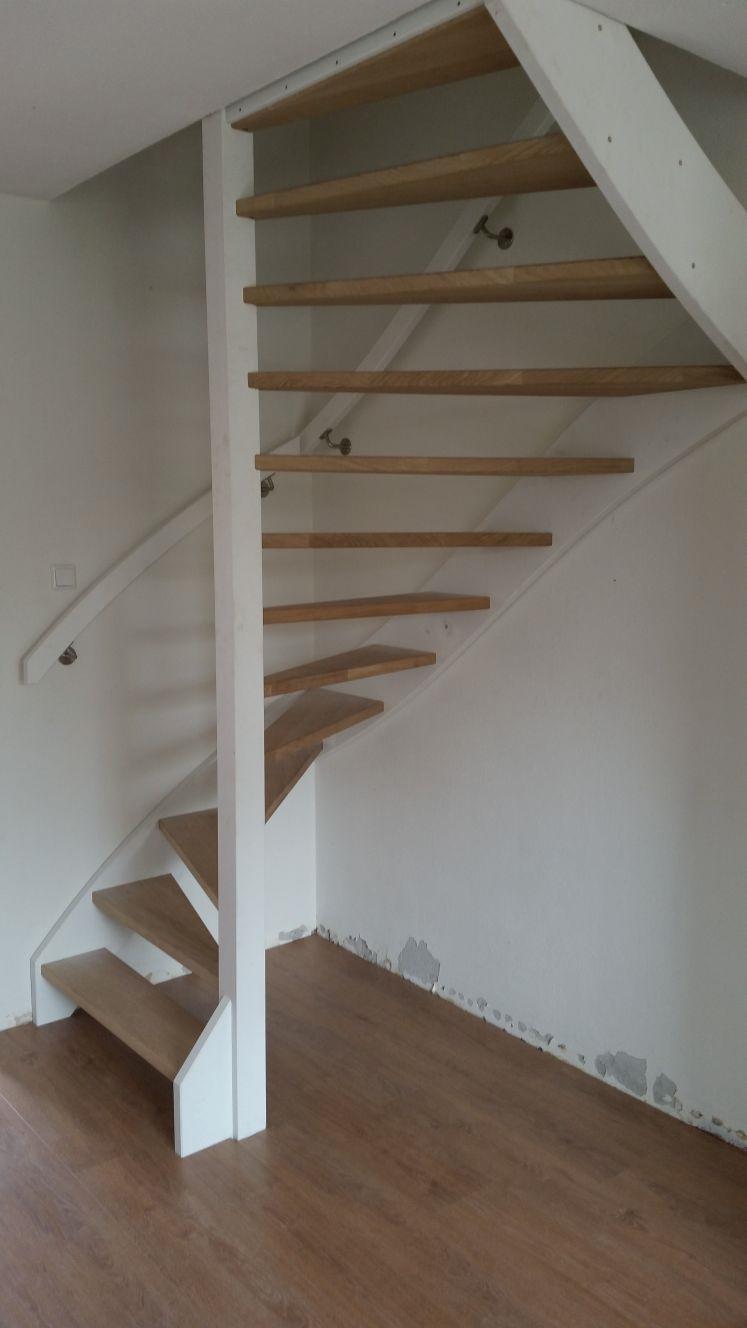 Stalen trappen vervangen voor houten trappen - Foto 3