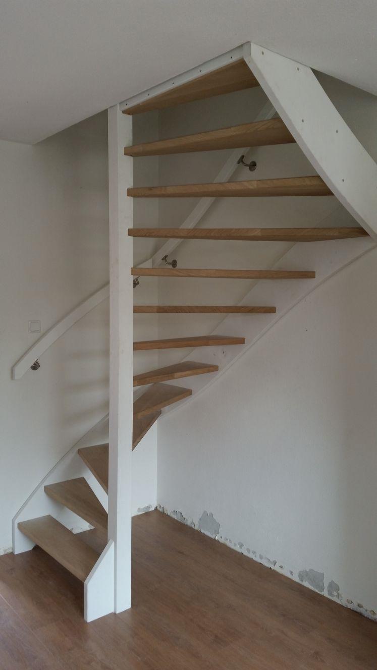 Stalen trappen vervangen voor houten trappen - Foto 6