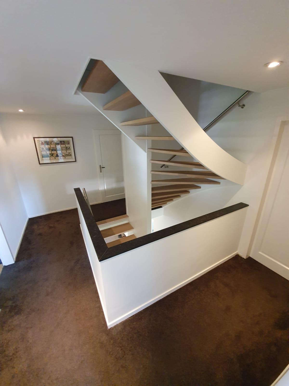 Trappen in trappenhuis - Foto 14