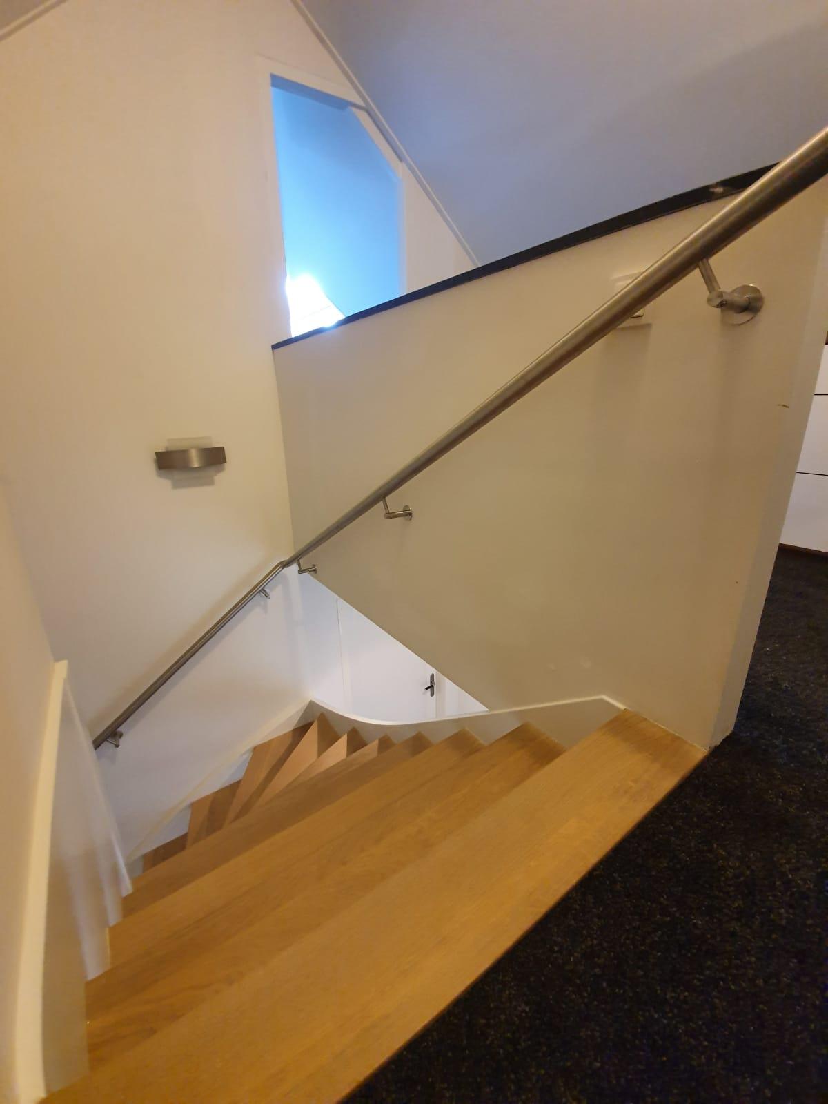 Trappen in trappenhuis - Foto 16