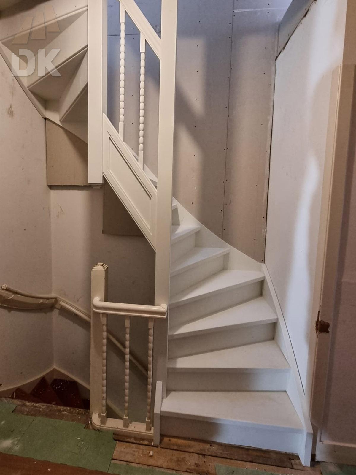 Dichte trap naar zolder en dakterras - Foto 3