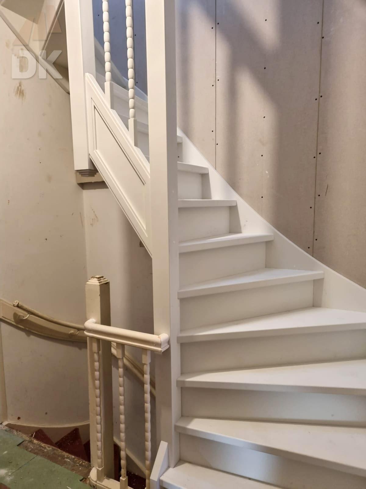 Dichte trap naar zolder en dakterras - Foto 7