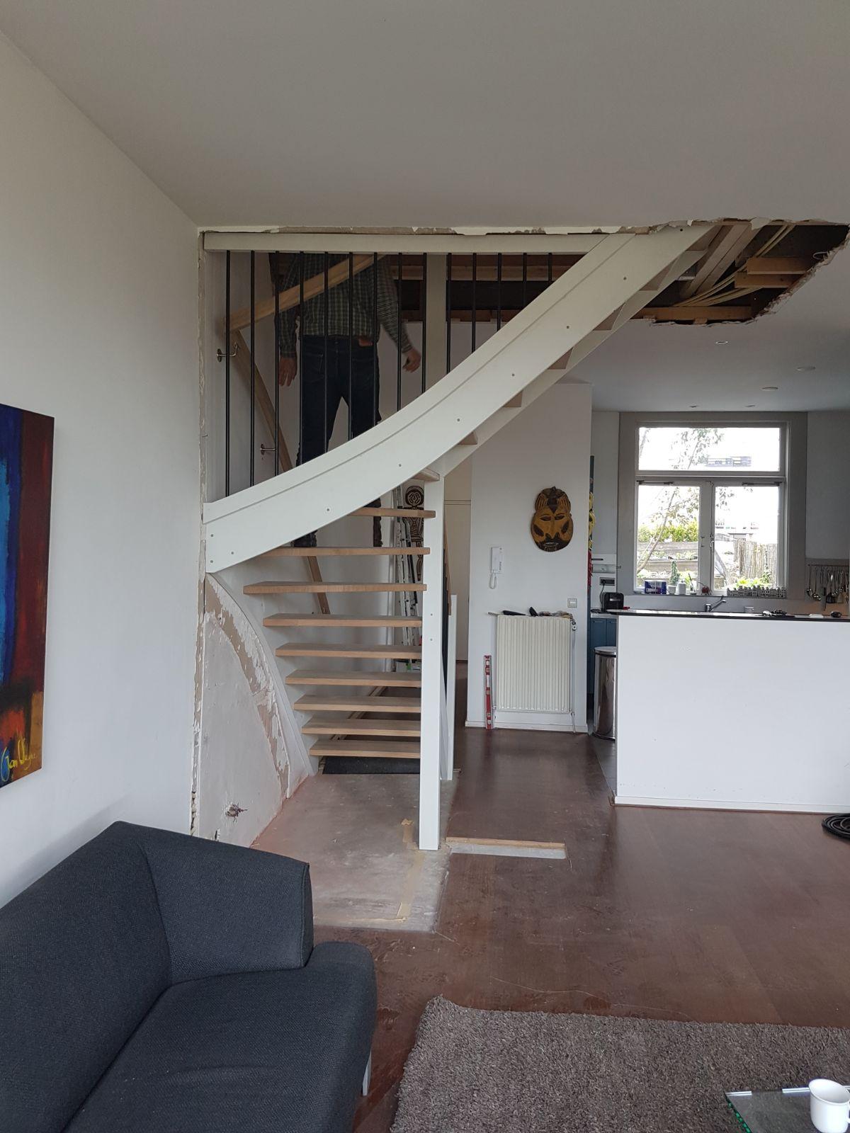 Open eiken trap, met hek - Foto 6