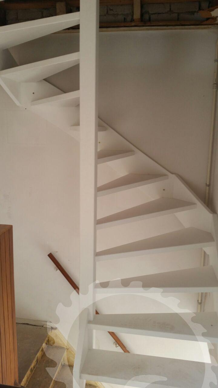Vlizo trap vervangen door een vaste trap