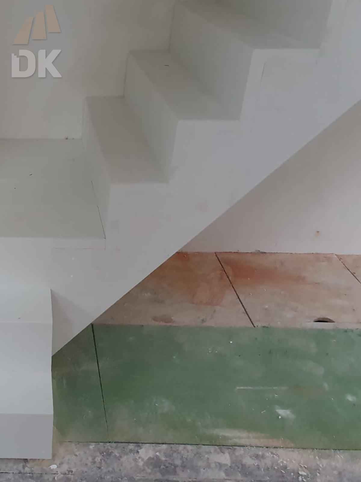 Bloktrap met bordes - Foto 2