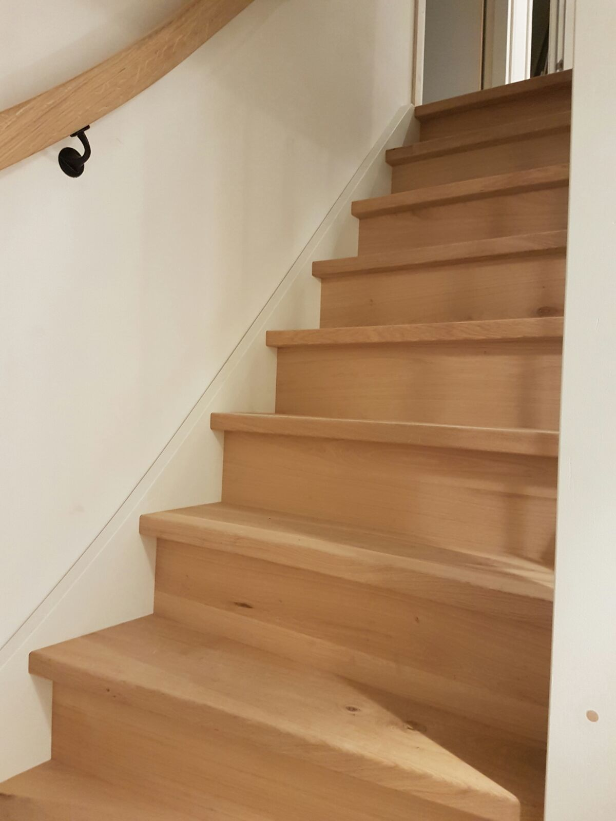 Soorten houten trappen houtsoorten voor trappen eiken for Hout voor traptreden